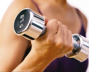 Weight-Training-Myths-For-Women-Include-Myth-5-More-Reps-Less-Weight-Burns-More-Body-Fat