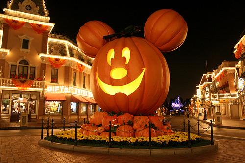 mickeys_halloween3