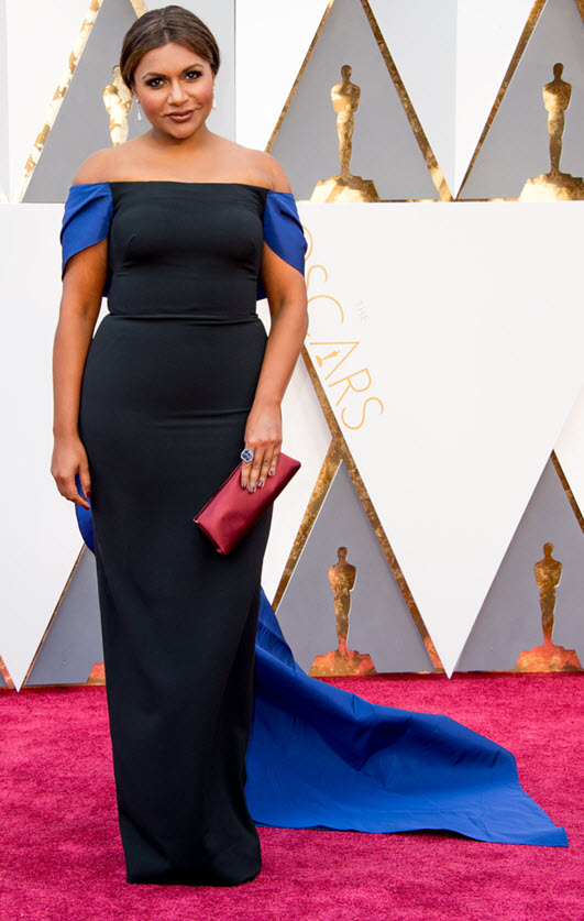 mindy-kaling-2016-oscars-red-carpet